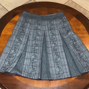 Loft Wool Blend Embroidered Pleated Skirt Size 8